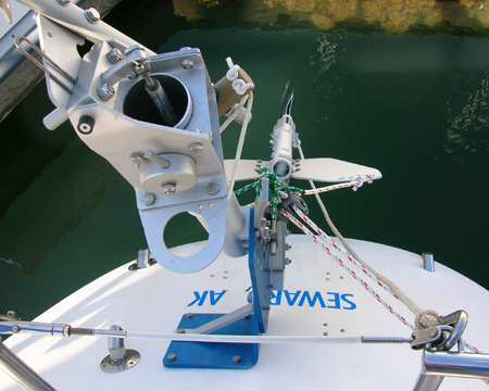 Top view of SAILOMAT 700, mounted on center.