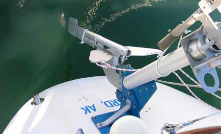 Top view, SAILOMAT 700, sailing.