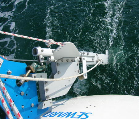 Top view of SAILOMAT 700, sailing.